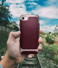 Neo Hybrid Herringbone kryt iPhone 8 Burgundy (11)
